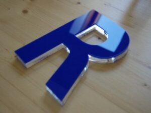 acrylic-letter-cnc-usa-signage